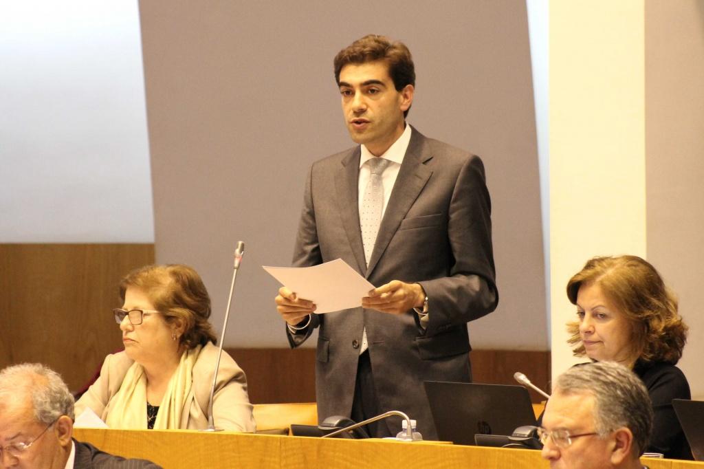 """""""Encerramento do curso de gestão prejudica o futuro da Terceira"""", considerou Nuno Meneses"""
