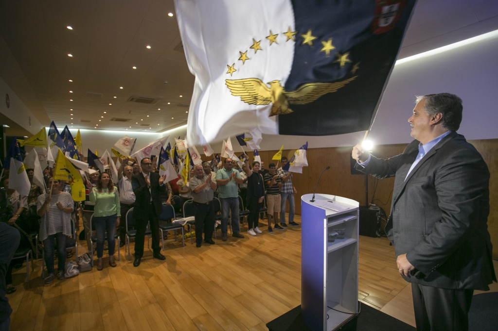 Vasco Cordeiro quer transportes marítimos como factor motivador da economia regional