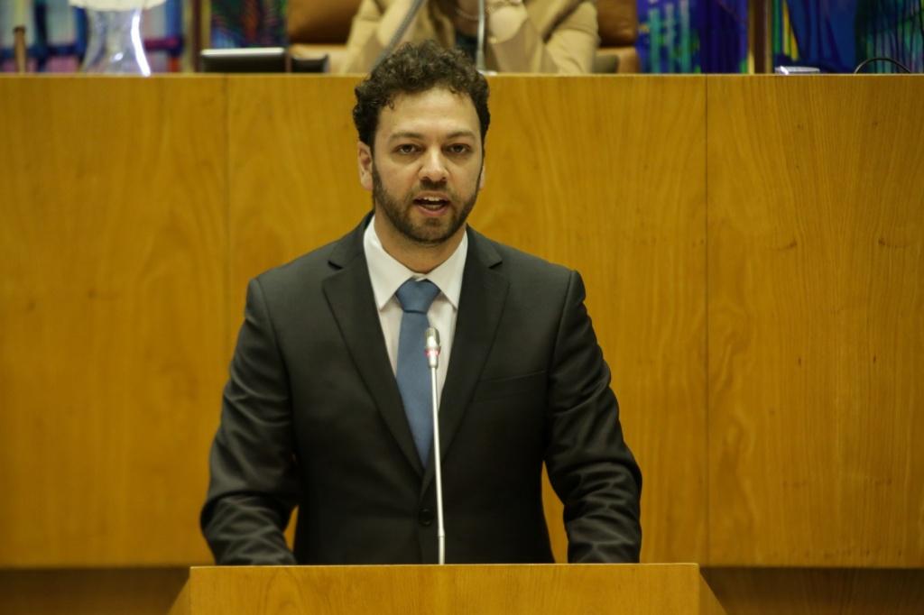 PS votou contra reforço de obras em escolas da Terceira