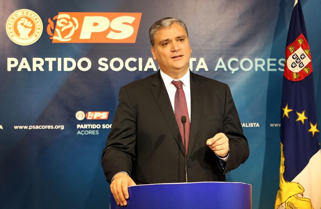 Vasco Cordeiro recandidata-se à liderança do PS/Açores