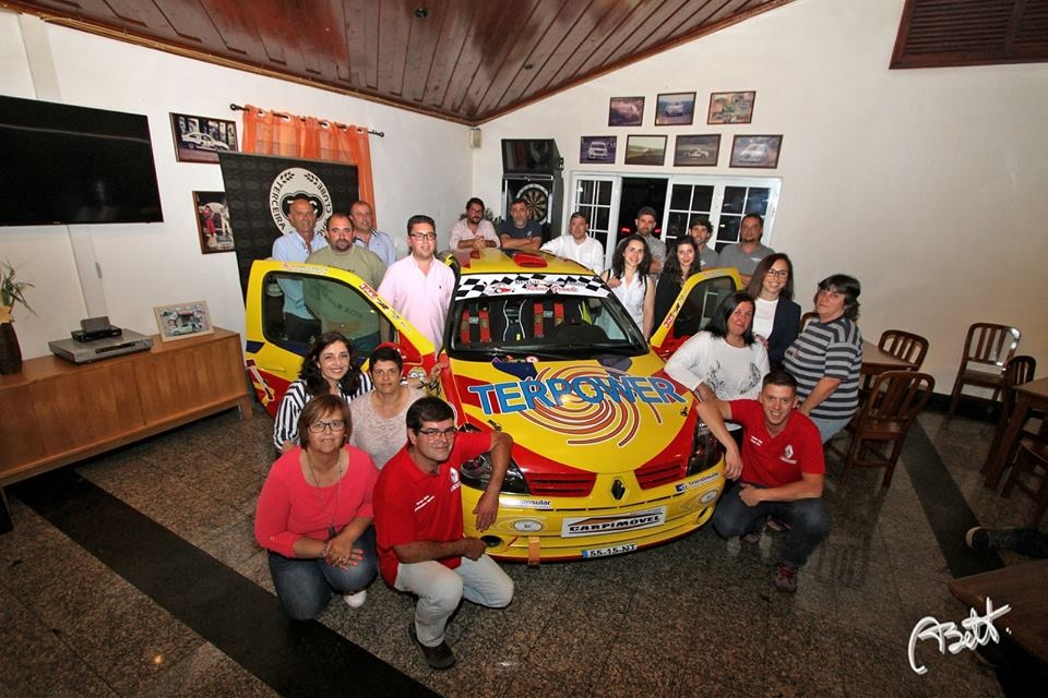 Alexandre Aguiar/Artur Dias apresentaram novo Renault Clio